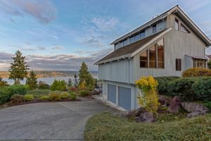 Just Listed – Mid-Century Custom Built with Lake Sammamish Views!